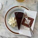 صورة فوتوغرافية لـ Cafe Sacher Wien
