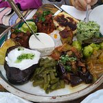 Vegetarijanski tanjir, delicija do delicije!!! Turska orijentalno-mediteranska hrana.
