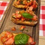 ภาพถ่ายของ Pomodoro Pizza Restaurant