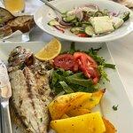 Foto de Zorbas The Greek Restaurant (Vasiliki-Lefkada)