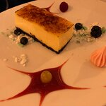 White chocolate cheesecake with meringue and berries