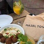 Foto di Mazel Tov