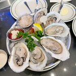6 Oysters on the half shell