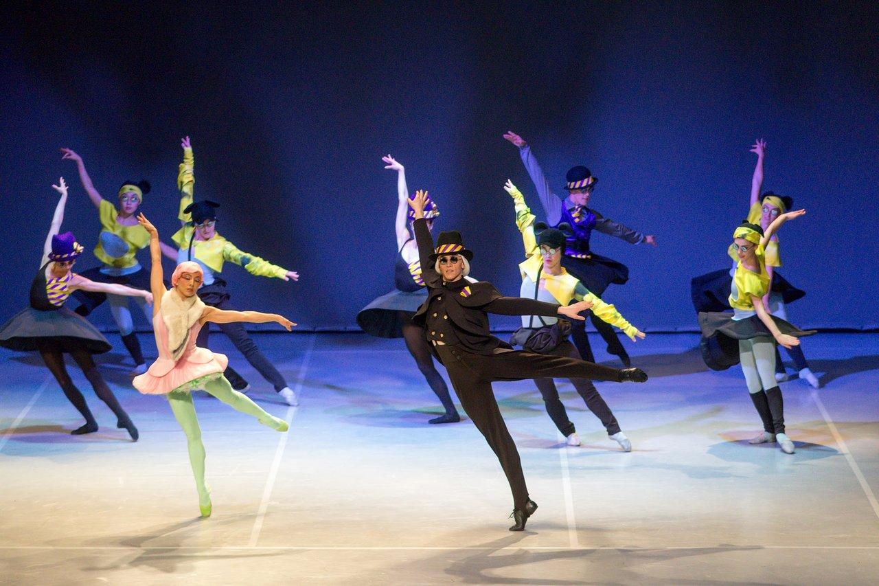 Kết quả hình ảnh cho Ballet trượt tuyết
