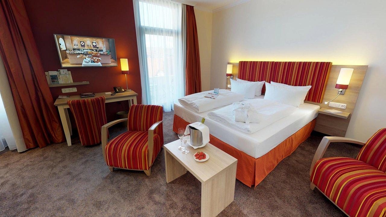 ROMANTIK HOTEL GOLDENE TRAUBE ab 108€ (1̶4̶8̶€̶): Bewertungen, Fotos ...