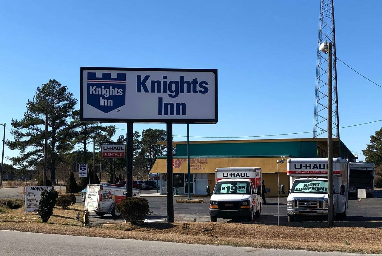 KNIGHTS INN SELMA $45 ($̶5̶5̶) - Prices & Motel Reviews - NC