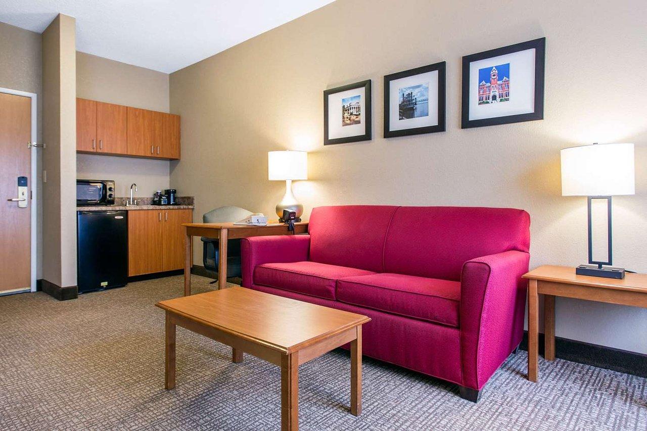 comfort suites 98 1 4 0 updated 2019 prices hotel reviews rh tripadvisor com