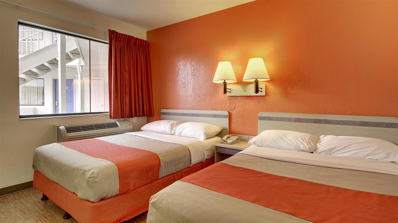 Motel 6 Elizabethtown 52 6 5 Updated 2019 Prices Reviews