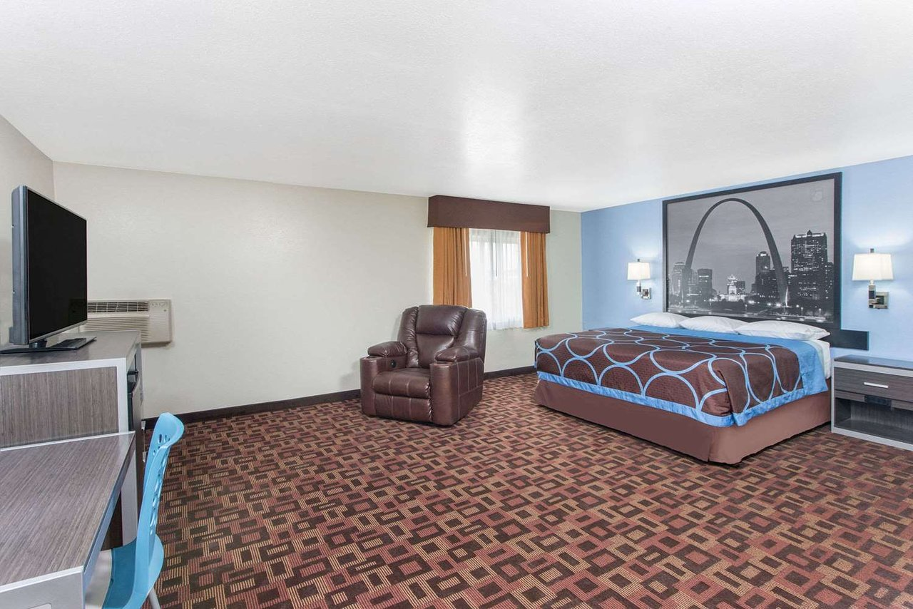 Super 8 By Wyndham Moberly Mo 67 7 Updated 2019 Prices Motel Reviews Tripadvisor