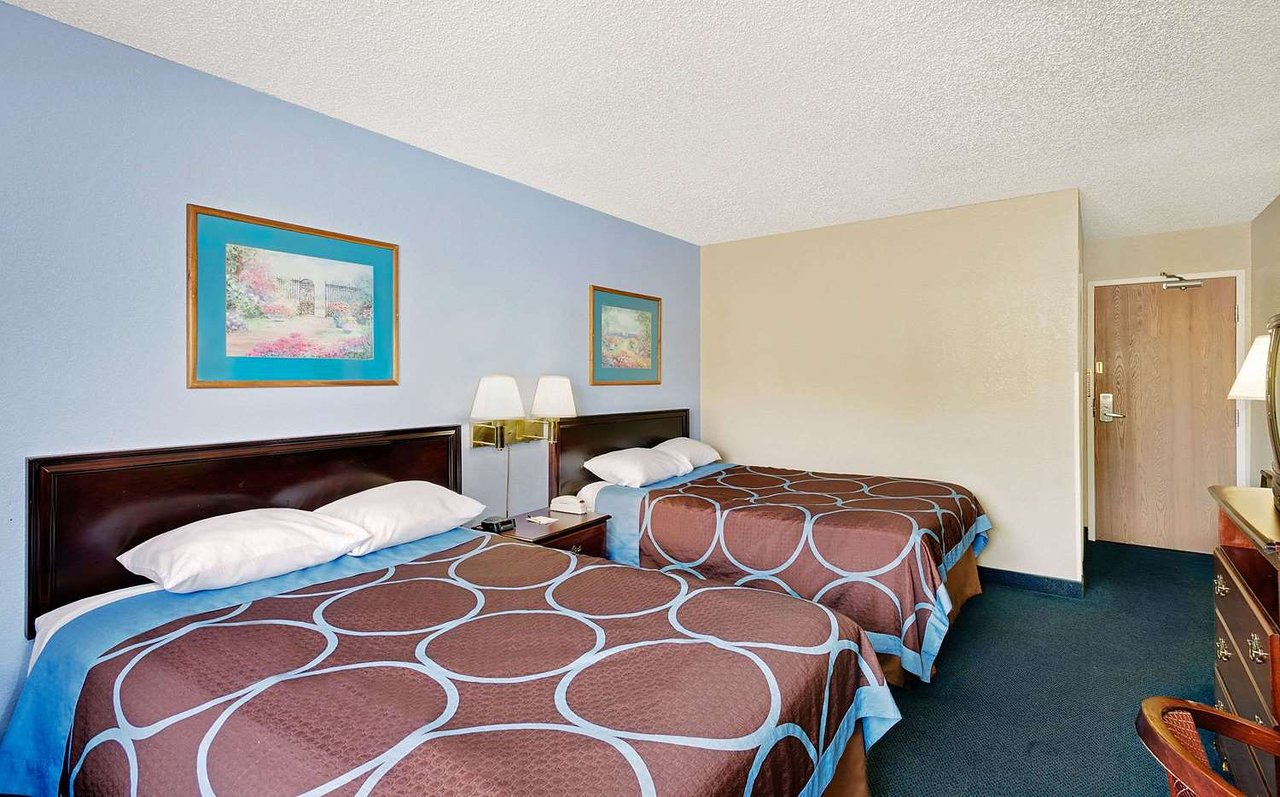 Super 8 By Wyndham Newburgh West Point Intl Airport 56 7 Updated 2019 Prices Motel Reviews Ny Tripadvisor