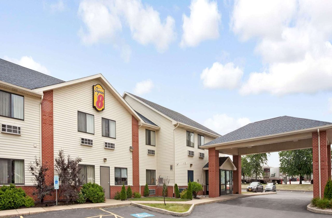 Super 8 By Wyndham Monee 53 6 4 Prices Motel Reviews Il Tripadvisor