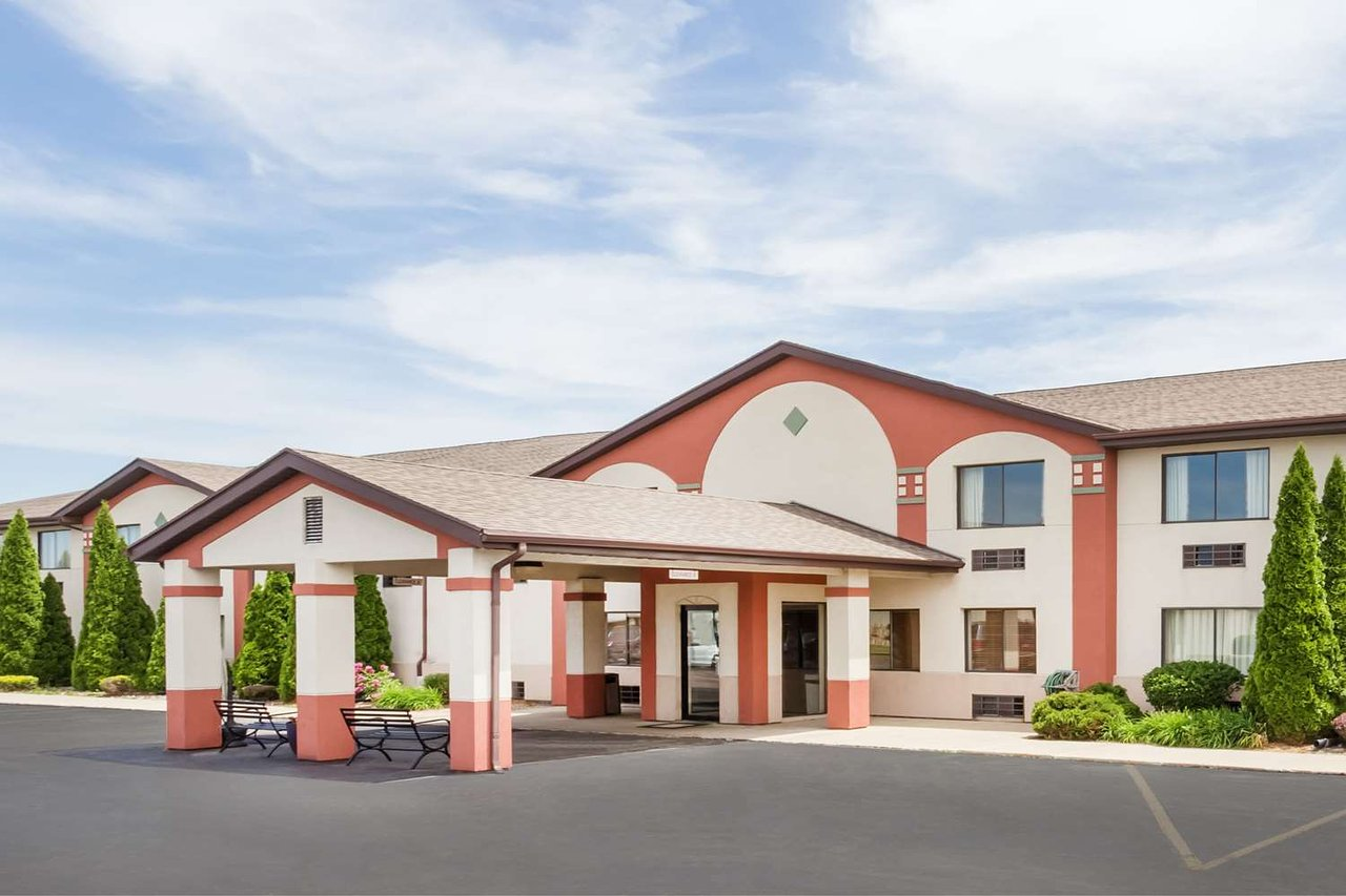 Super 8 By Wyndham Plymouth 56 6 5 Updated 2018 Prices Motel Reviews In Tripadvisor