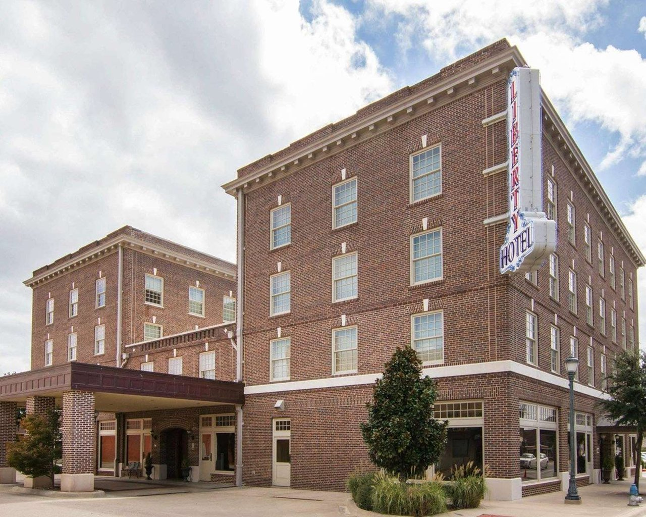 Liberty Hotel An Ascend Collection 75 9 6 Updated 2018 Prices Reviews Cleburne Tx Tripadvisor