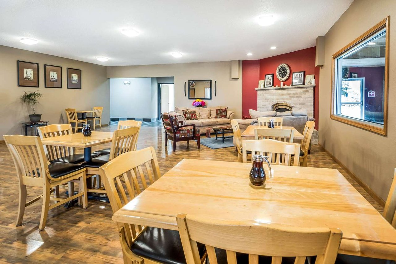 Econo Lodge 43 5 4 Updated 2018 Prices Hotel Reviews Redgranite Wi Tripadvisor