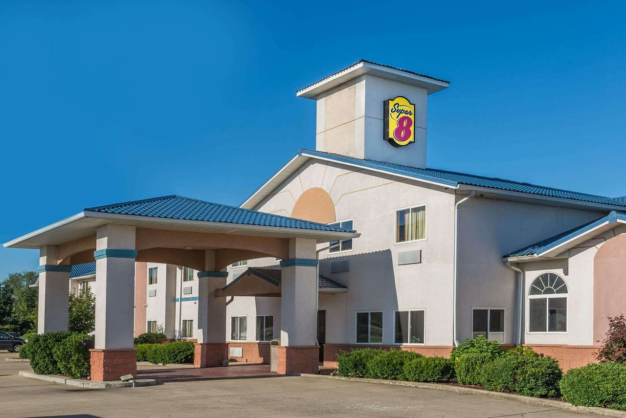 Super 8 By Wyndham Martinsville 49 6 2 Updated 2018 Prices Motel Reviews In Tripadvisor