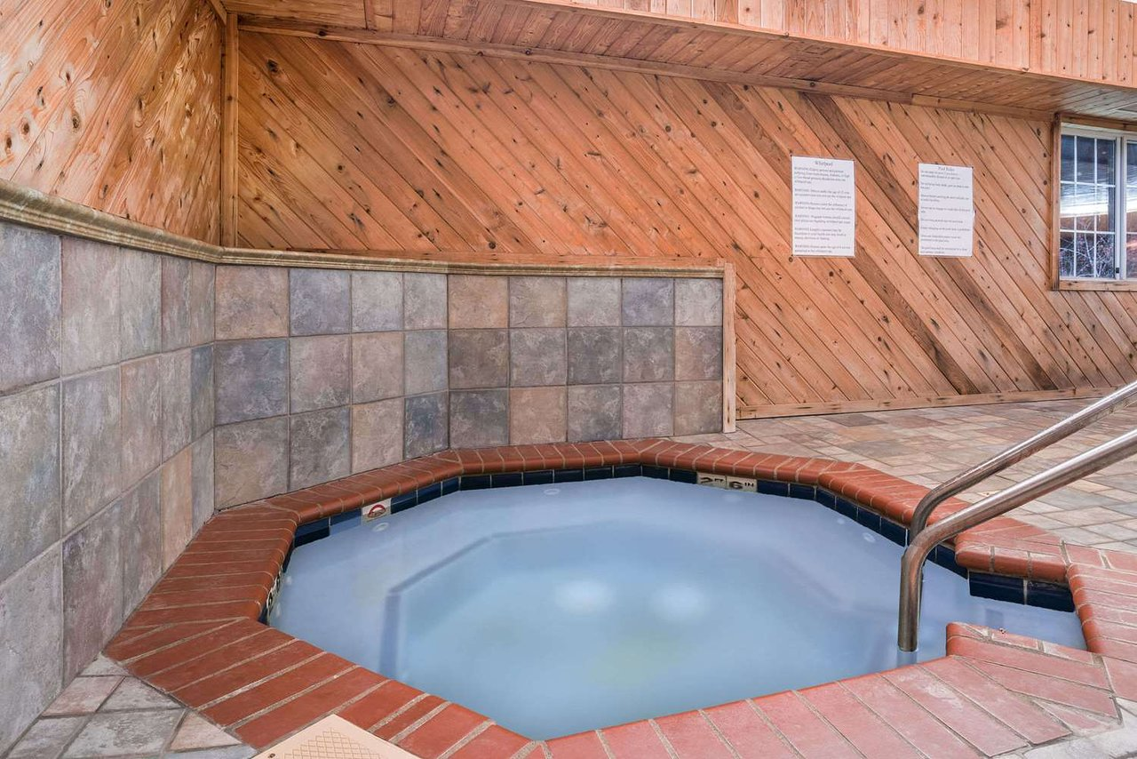 Super 8 By Wyndham Neillsville Wi 59 6 9 Updated 2018 Prices Hotel Reviews Tripadvisor