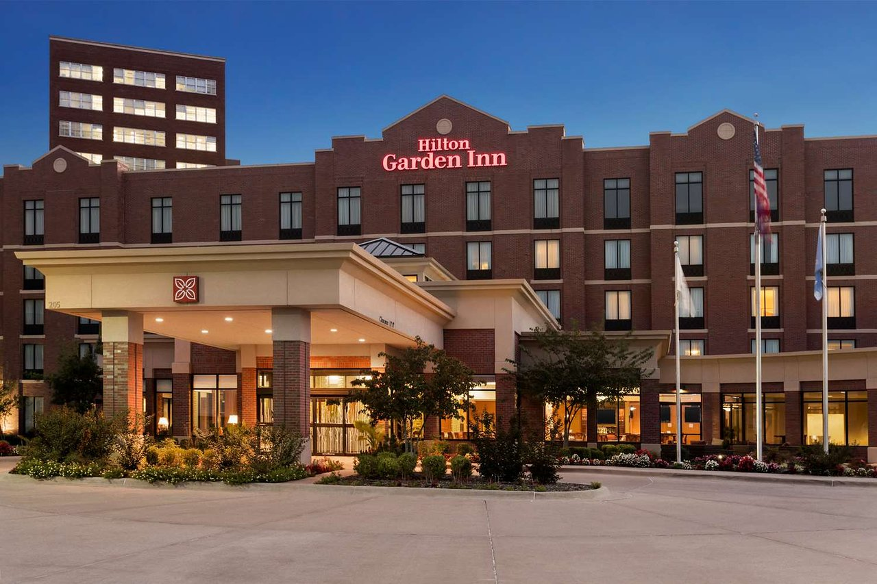 HILTON GARDEN INN BARTLESVILLE $92 ($̶1̶0̶9̶) - Updated 2018 Prices ...