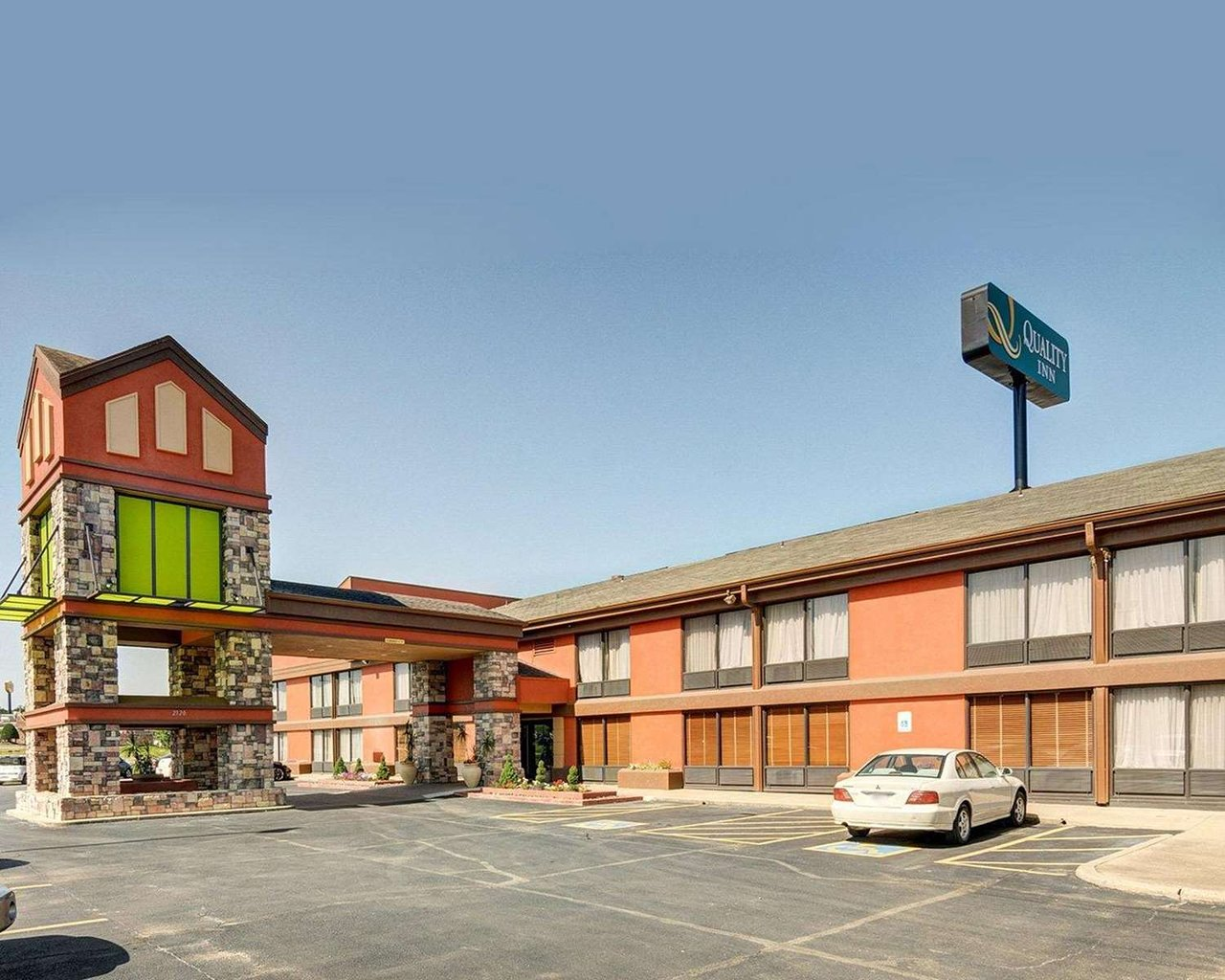 Rude very rude - Review of Rodeway Inn, Fort Smith, AR - TripAdvisor