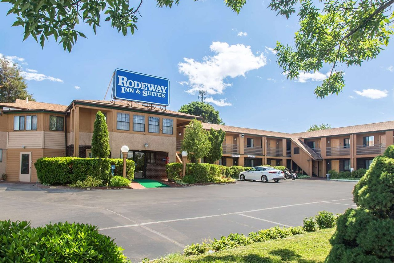 Rodeway Inn Branford 65 9 1 Updated 2018 Prices Motel Reviews Ct Tripadvisor