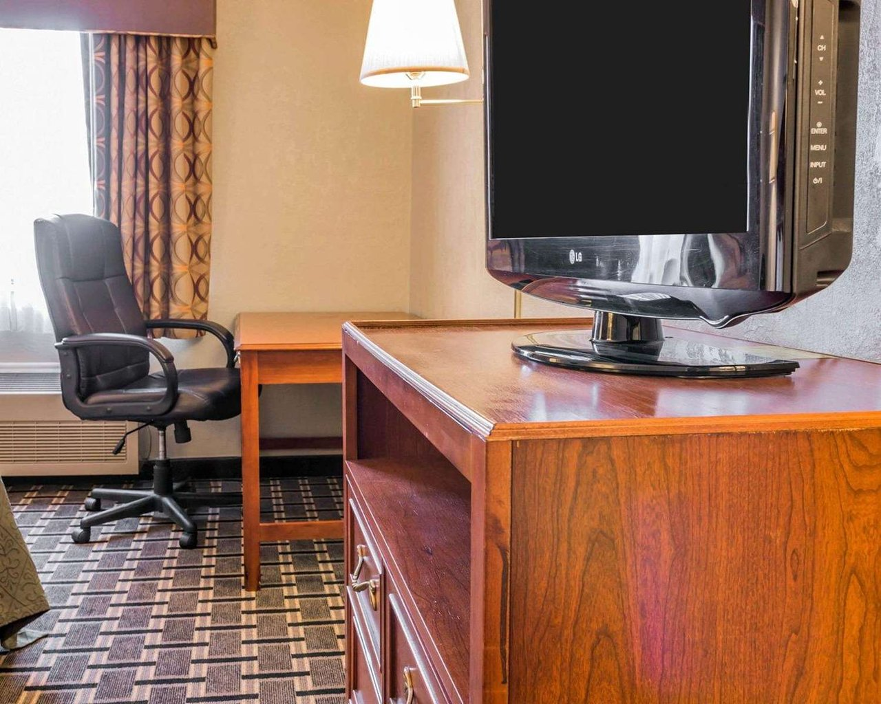 QUALITY INN GRAND RAPIDS NORTH - WALKER - Updated 2020 Prices, Hotel  Reviews, and Photos (MI) - Tripadvisor