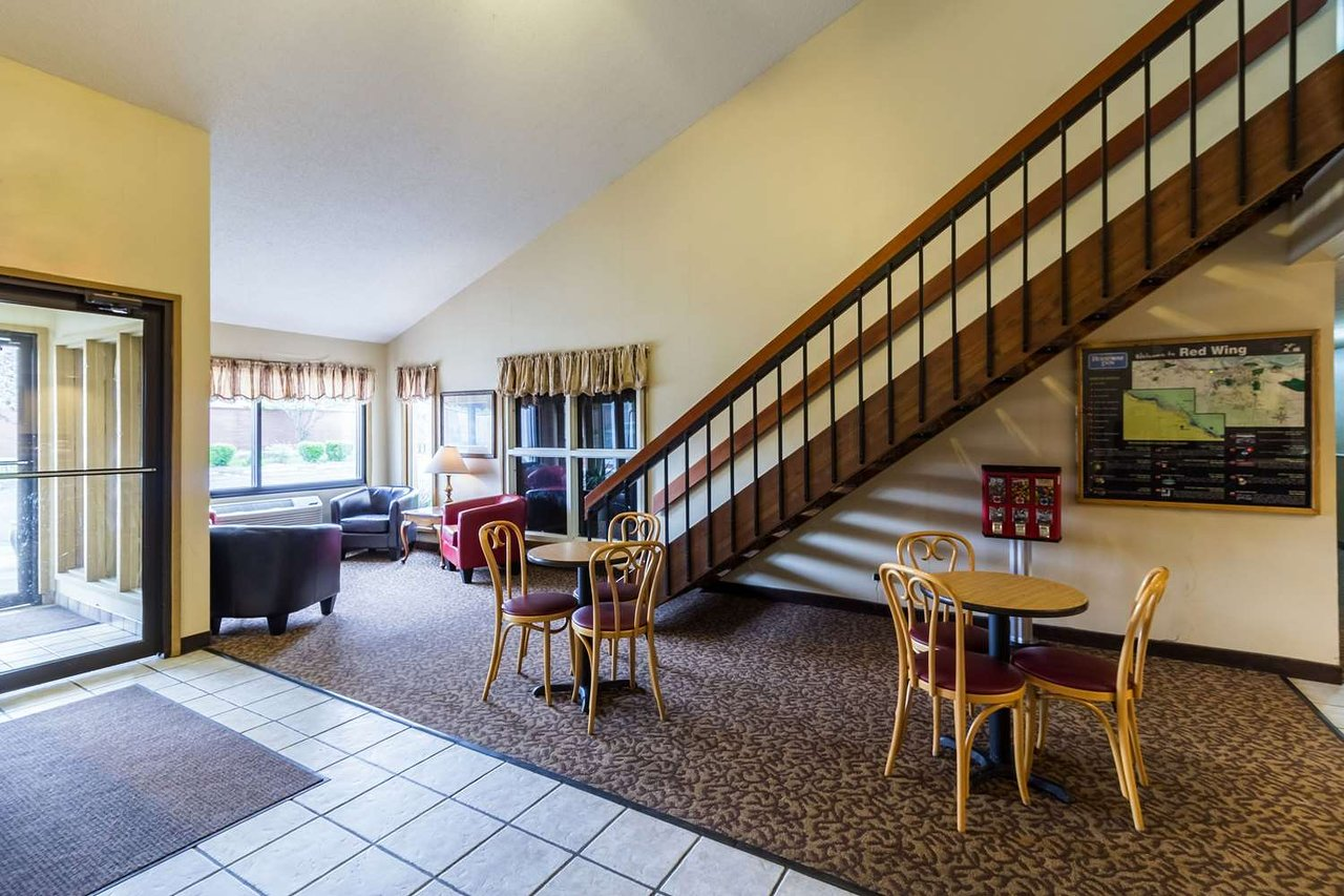 rodeway inn 69 8 9 updated 2019 prices hotel reviews red rh tripadvisor com