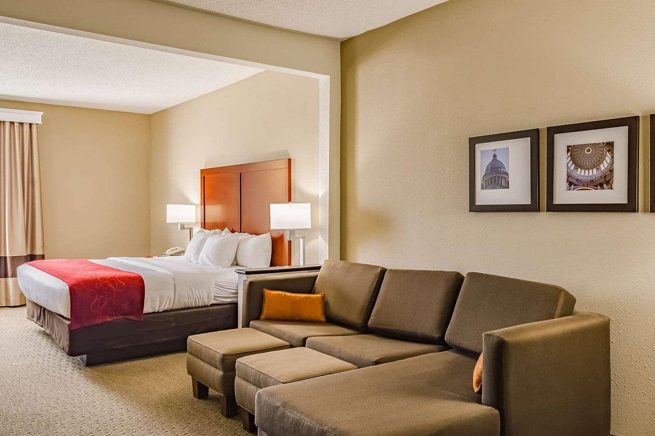 Comfort Suites 80 1 0 0 Updated 2020 Prices Hotel