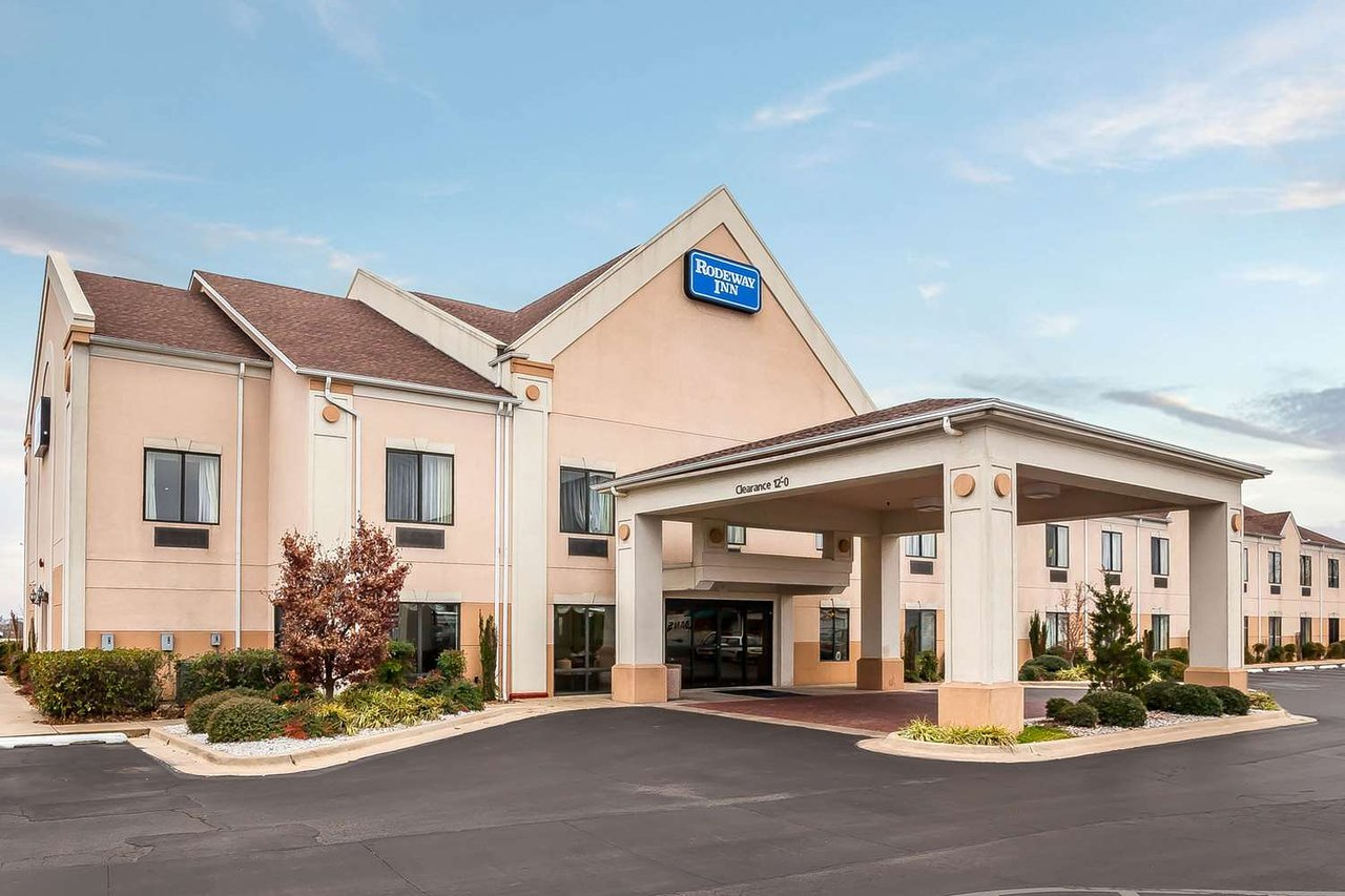 the 5 best pet friendly hotels in tahlequah of 2019 with prices rh tripadvisor com