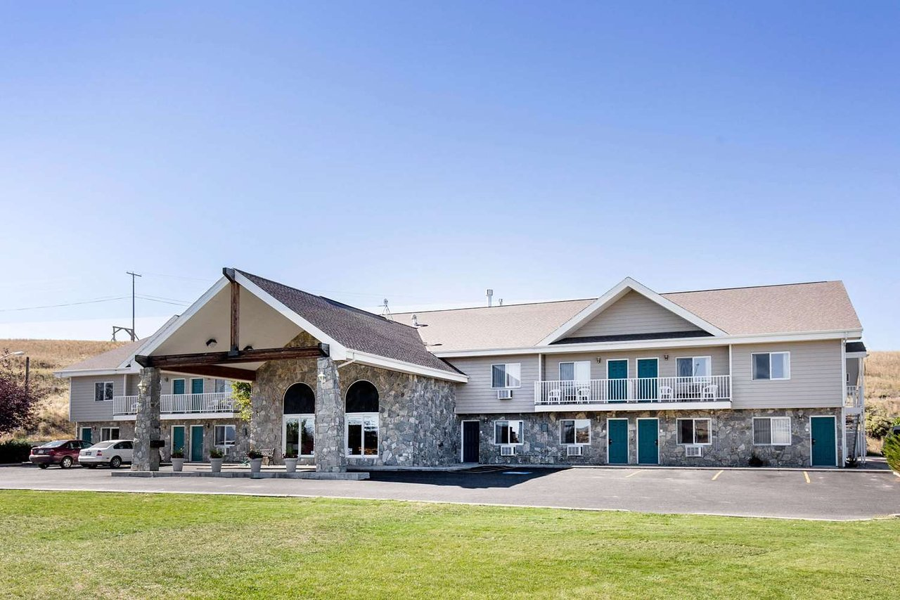 Rodeway Inn 69 8 2 Updated 2018 Prices Motel Reviews Whitehall Mt Tripadvisor