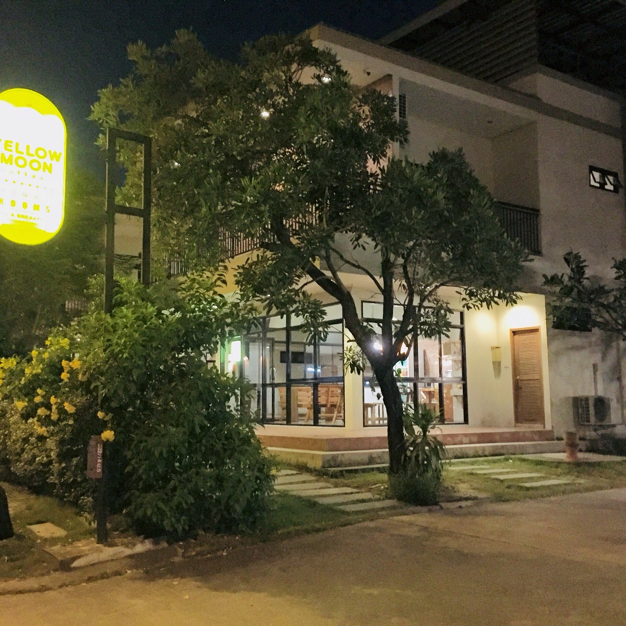 yellow moon hotel prices reviews pattaya thailand tripadvisor rh tripadvisor com