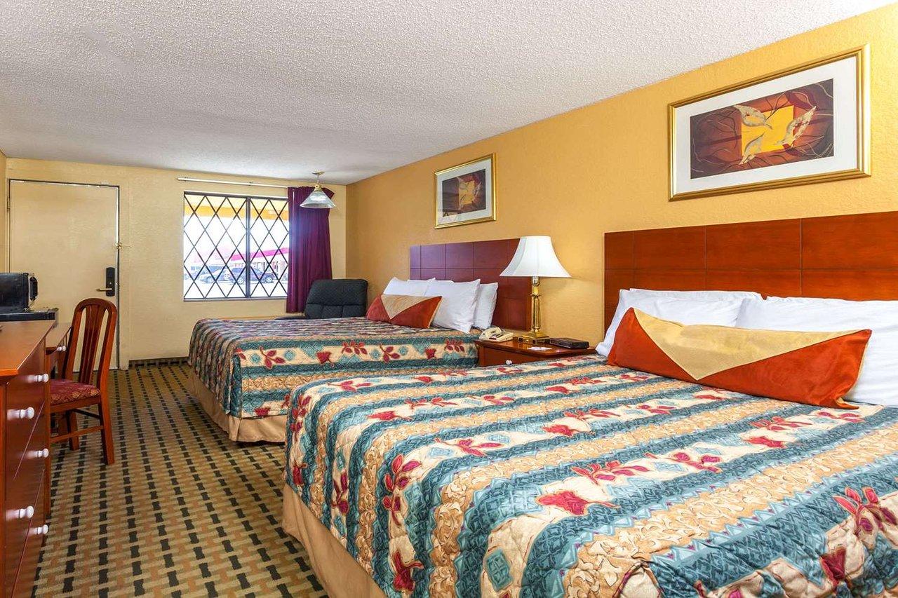 Knights Inn Seymour In Voir Les Tarifs Et Avis Hotel Tripadvisor