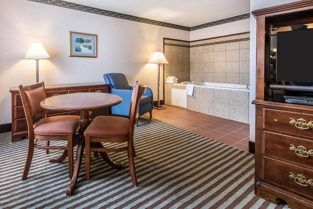 Quality Inn Conference Center 58 78 Updated 2019 Prices