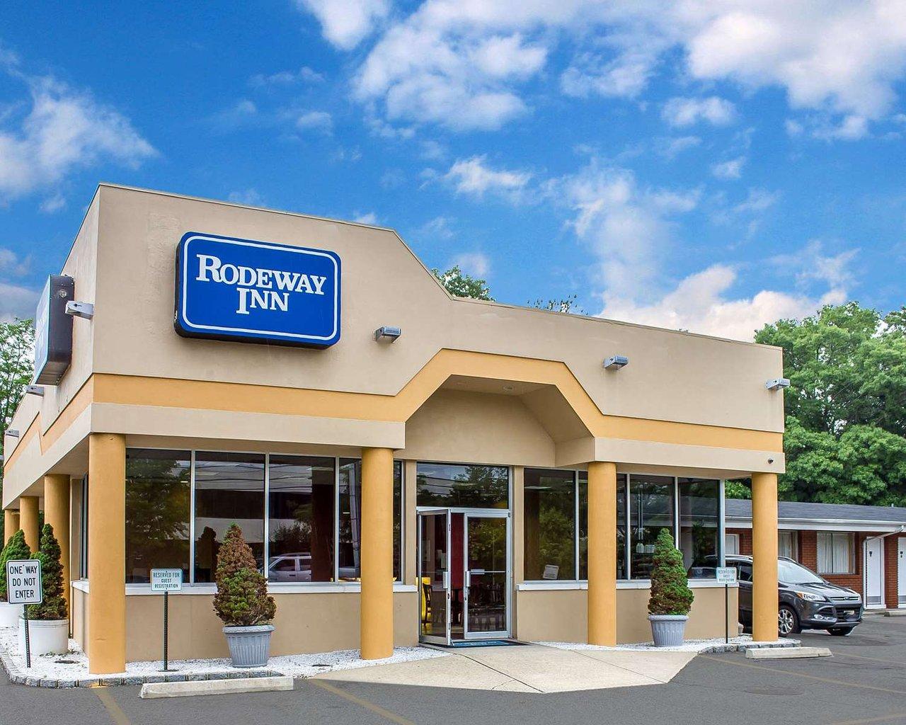 rodeway inn macarthur airport 89 9 9 updated 2019 prices rh tripadvisor com