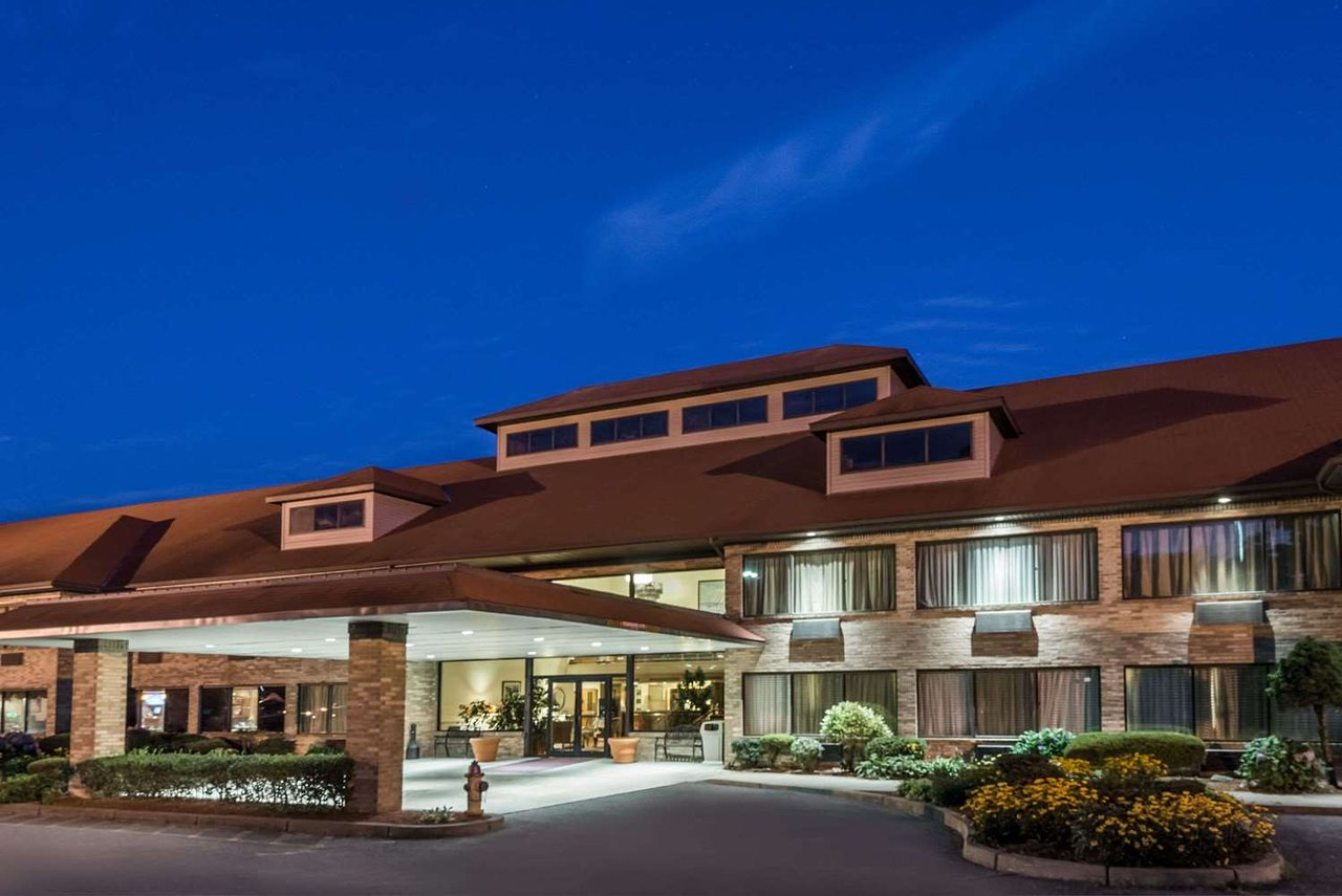 the best middletown hotels with shuttle jun 2019 with prices rh tripadvisor com