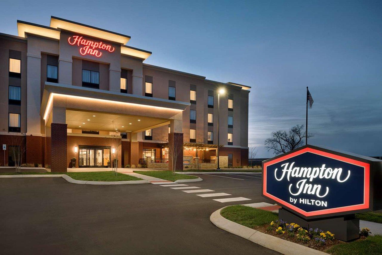 HAMPTON INN SPRING HILL $110 ($̶1̶1̶8̶) - Updated 2018 Prices ...