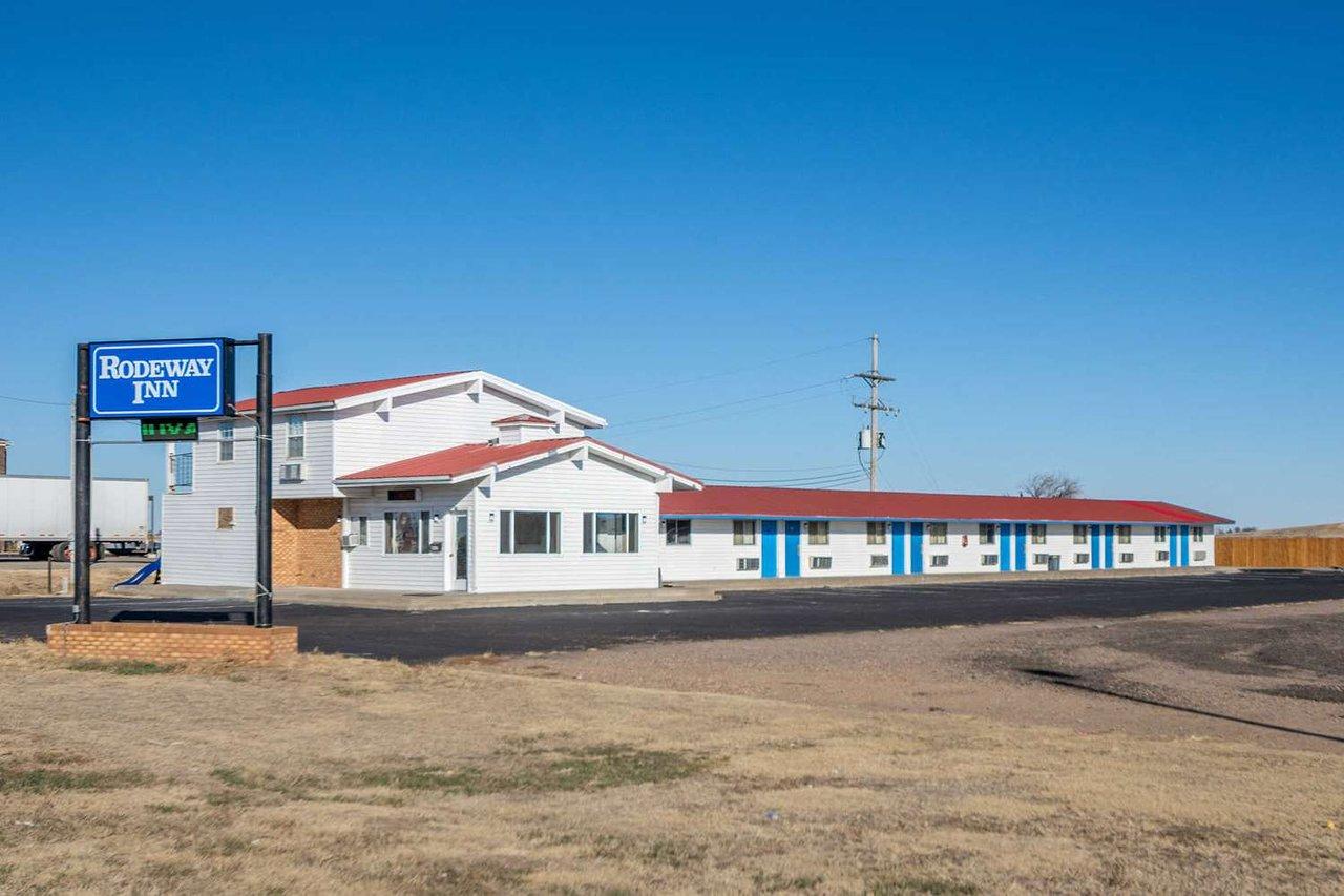 rodeway inn 59 7 7 prices motel reviews oakley ks rh tripadvisor com