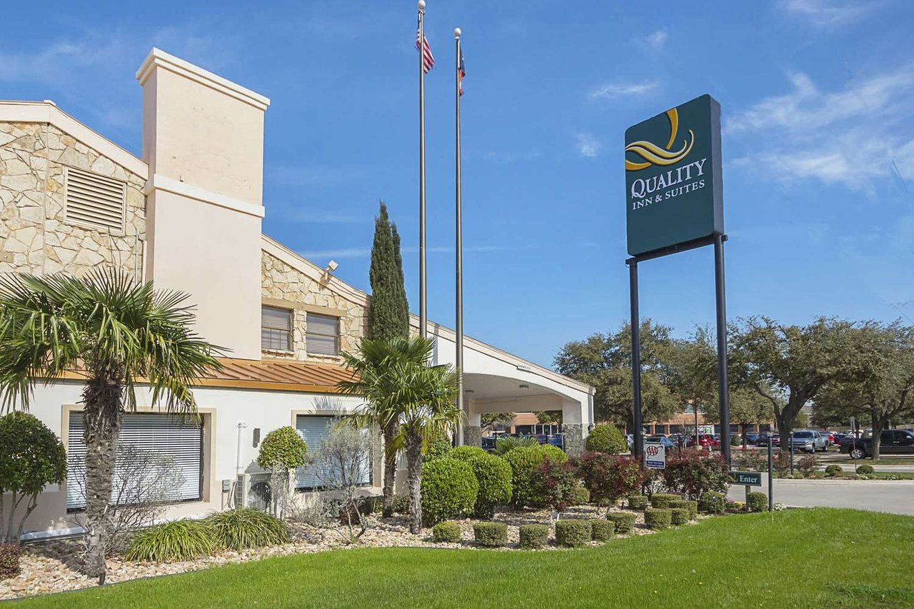 Quality Inn Suites North Richland Hills Tx Hotel Reviews Photos Price Comparison Tripadvisor