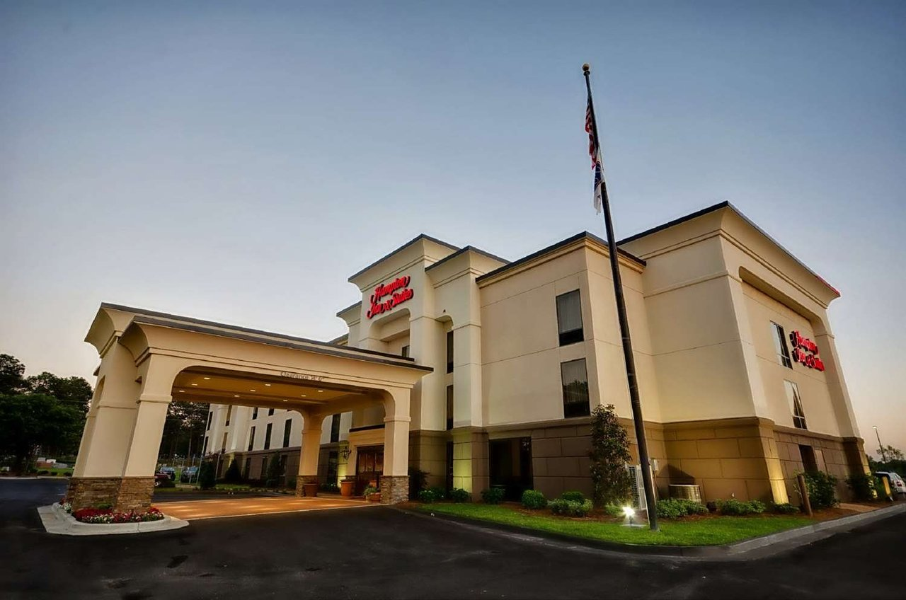 HAMPTON INN & SUITES TIFTON - UPDATED 2018 Hotel Reviews & Price ...