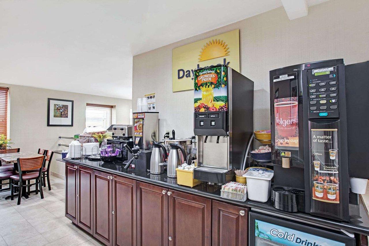 days inn jamaica jfk airport 118 2 1 2 updated 2019 prices rh tripadvisor com