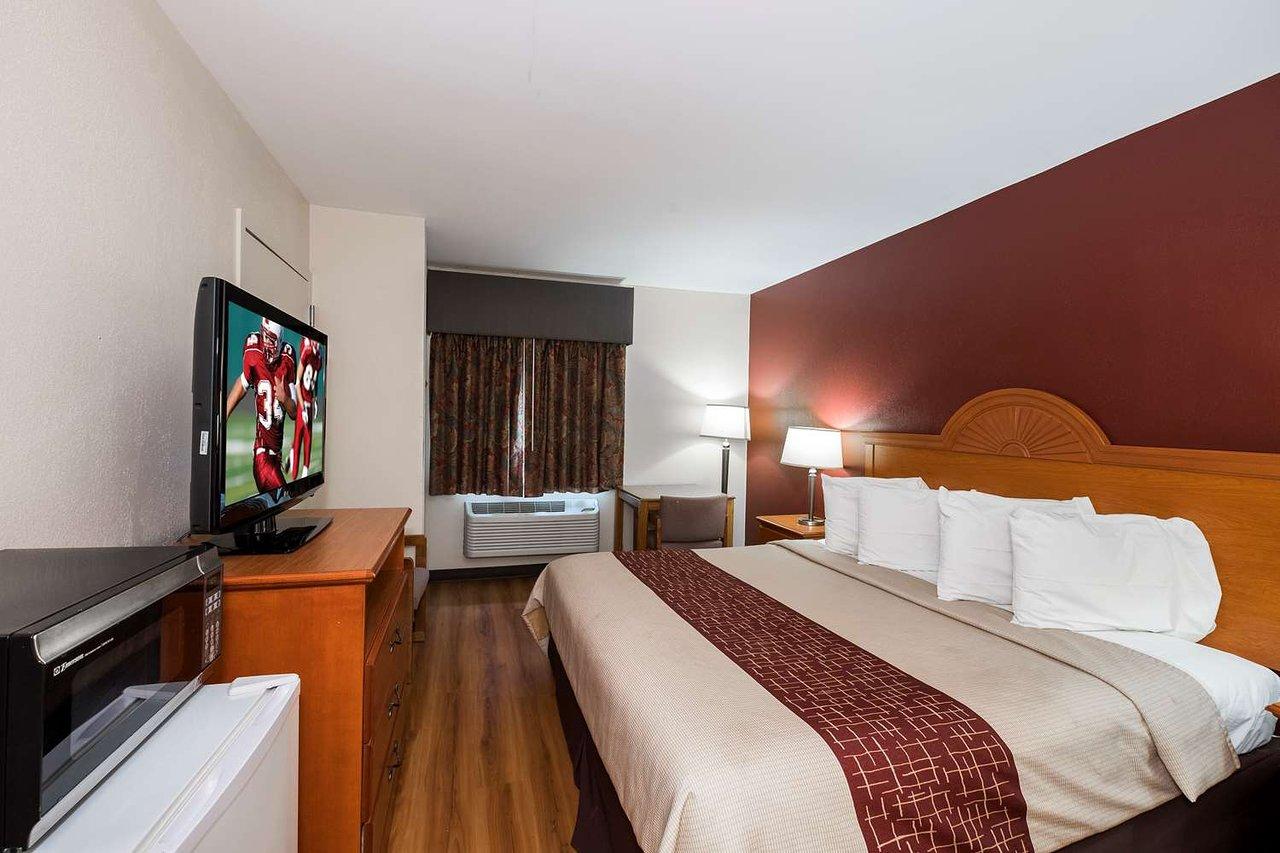Red Roof Inn Denver 68 7 8 Updated 2018 Prices Hotel Reviews Pa Tripadvisor