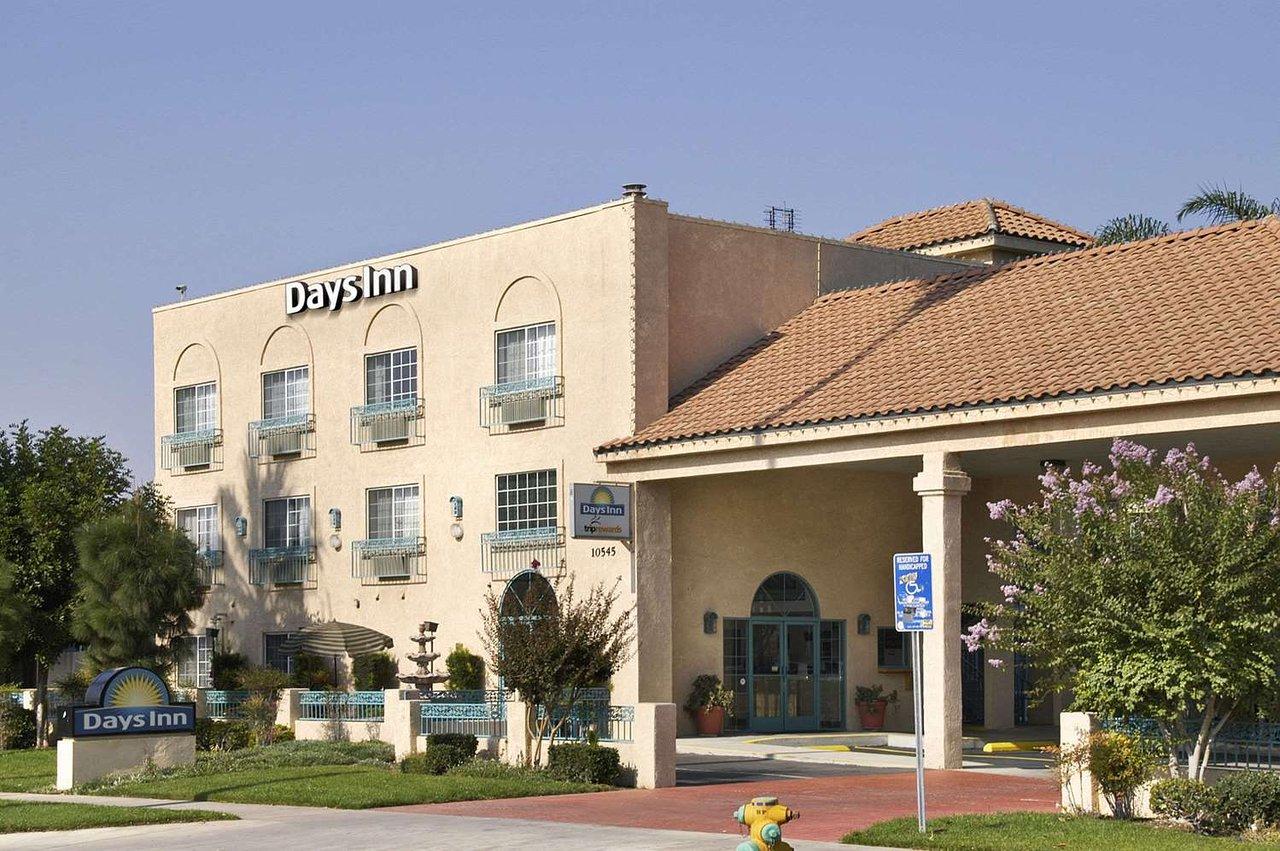 THE 10 CLOSEST Hotels to Van Buren Drive-In Theatre