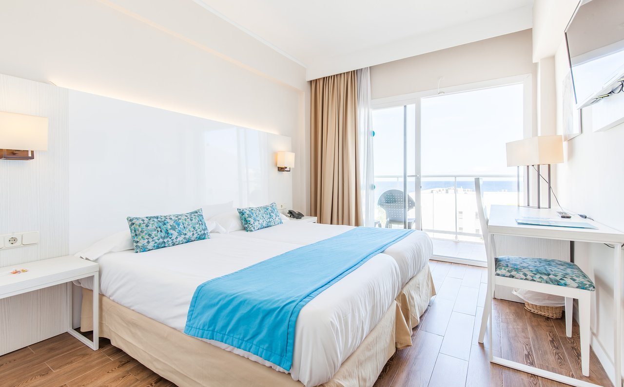 BLUE SEA CALA MILLOR - Updated 2019 Prices, Hotel Reviews, and ...