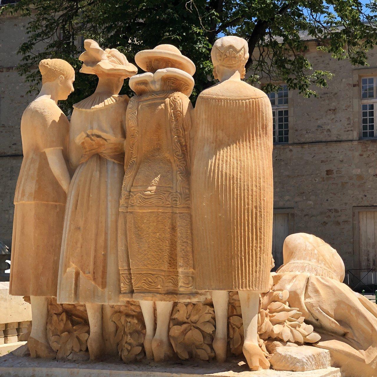 Monument aux Morts de Lodève : 2020 Ce qu'il faut savoir pour votre visite - Tripadvisor