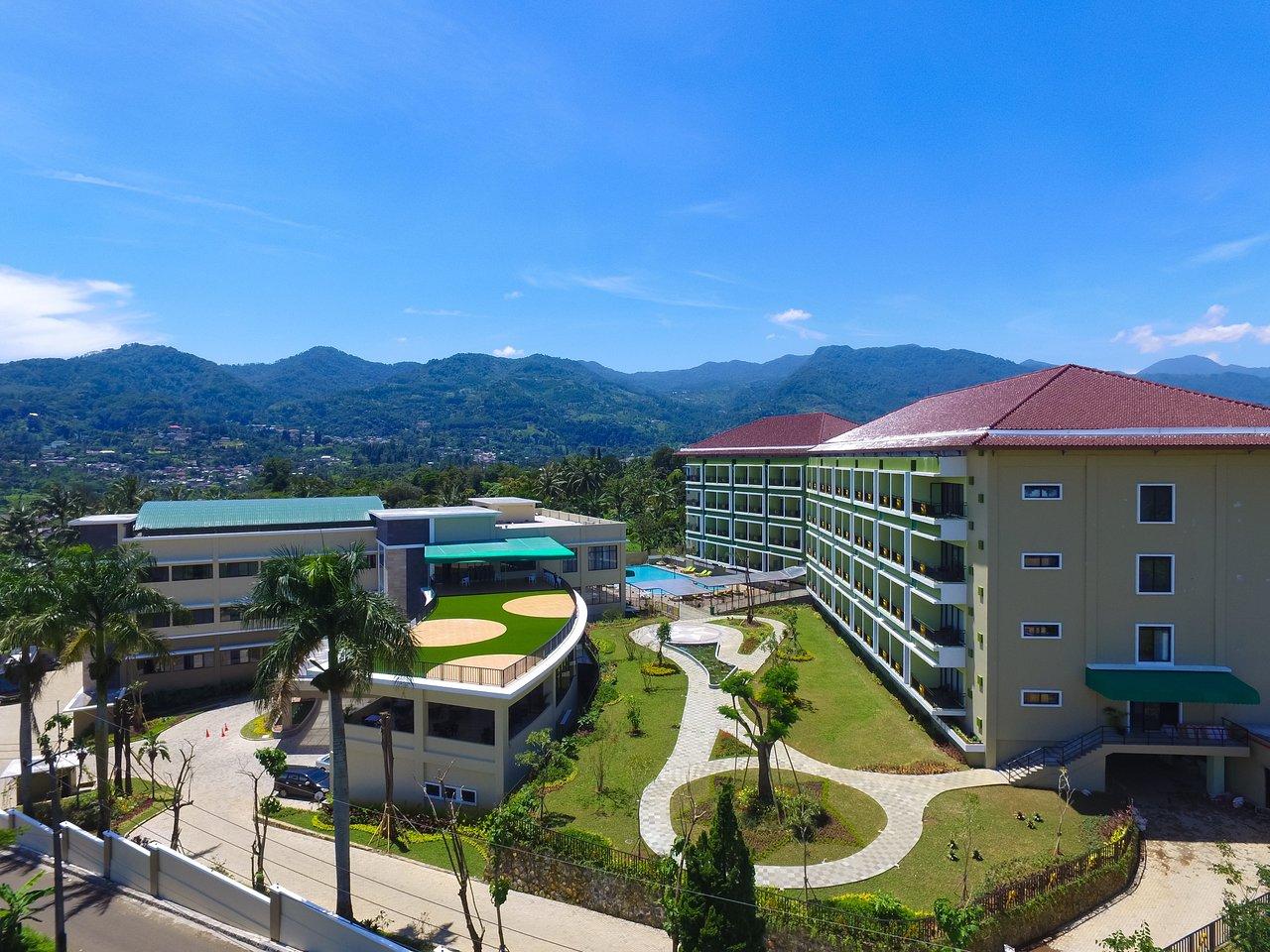 The Green Peak Hotel Convention Reviews Cisarua