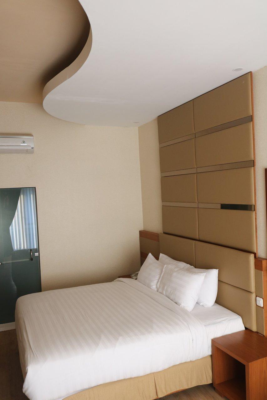 Cahaya Villa Hotel Garut Indonesia Review Vila Perbandingan