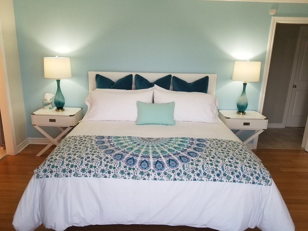 COUNTY BUZZZ BED AND BREAKFAST - Updated 2019 Prices & B&B Reviews