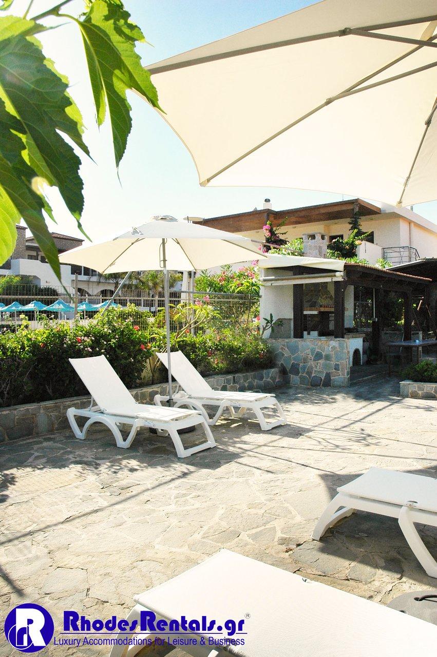 pefki beach front villa 121 1 7 2 prices reviews pefkos rh tripadvisor com