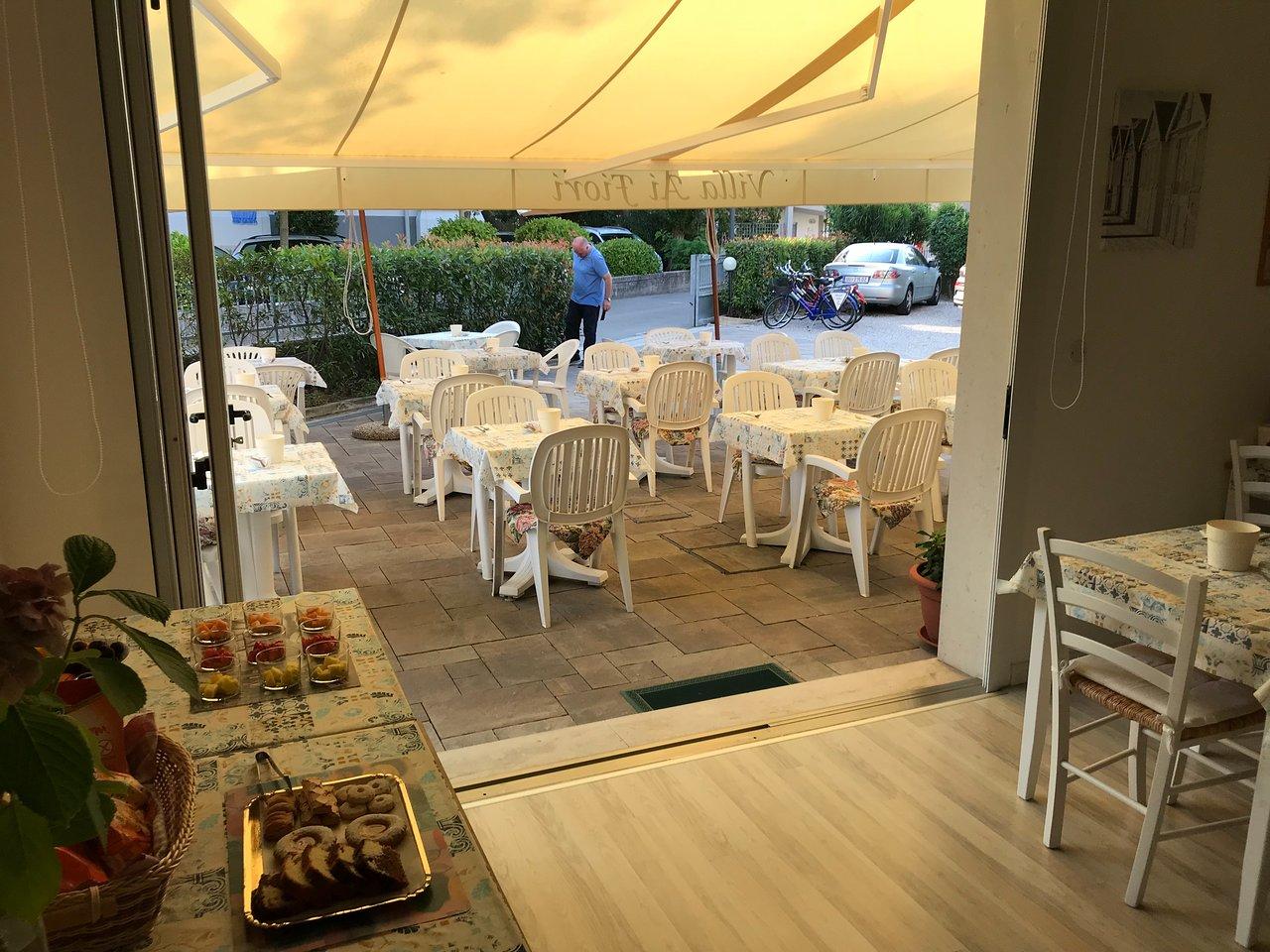 Hotel Ai Fiori.Hotel Villa Ai Fiori Prices Reviews Grado Italy Tripadvisor