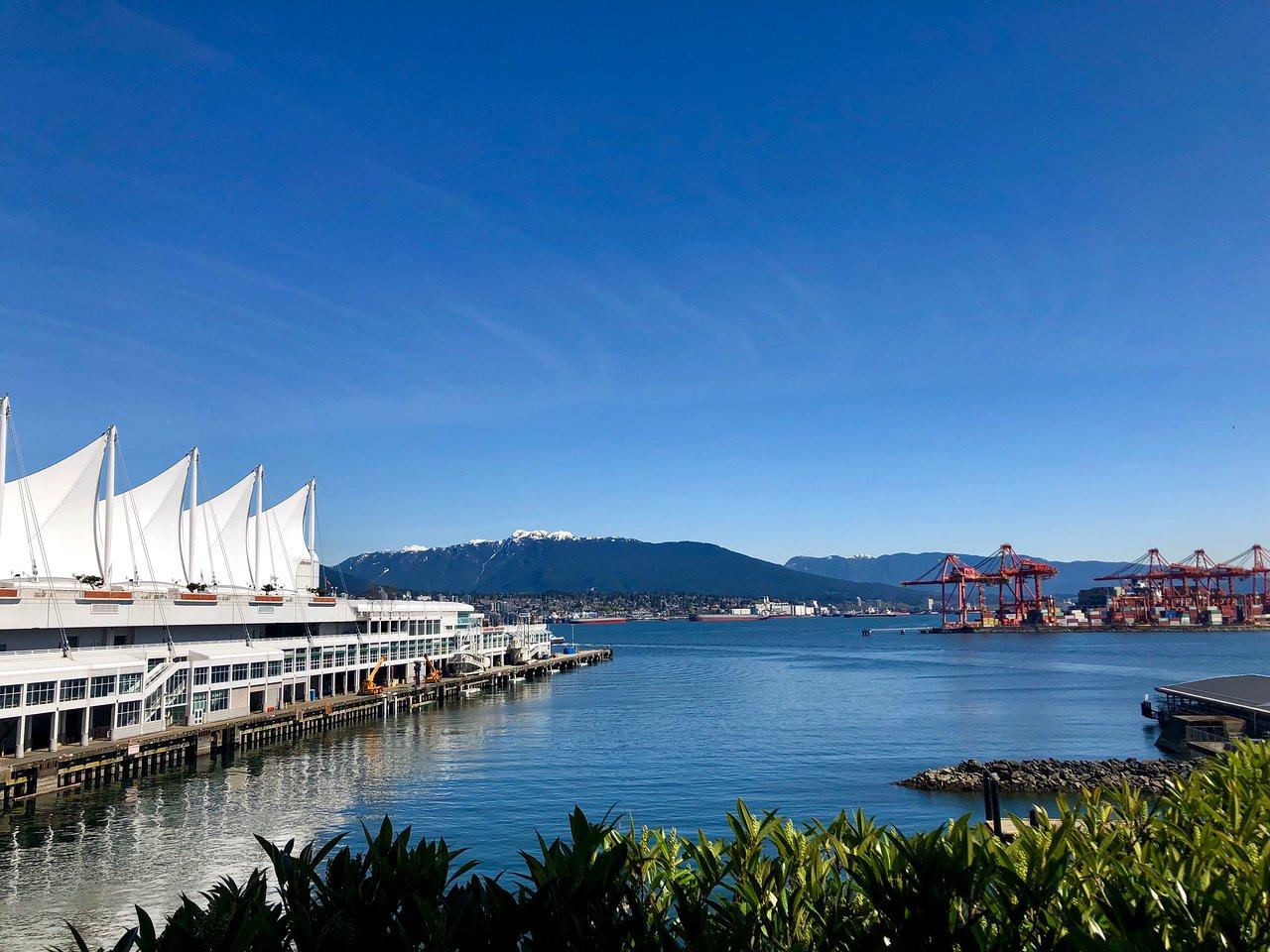 připojte weby Vancouver datování analytika investičního bankéře