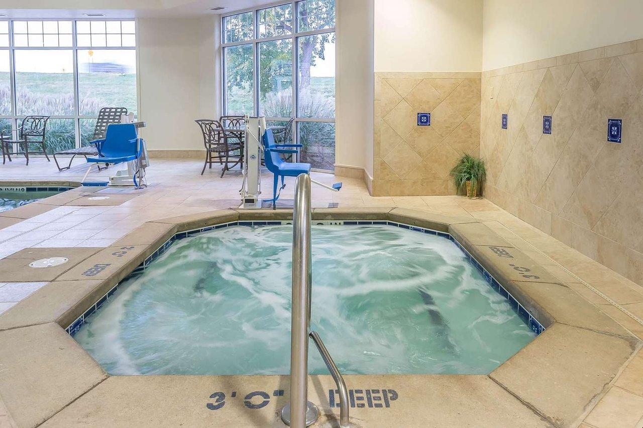 Comfort Inn 88 1 0 4 Updated 2018 Prices Hotel Reviews Plainwell Mi Tripadvisor