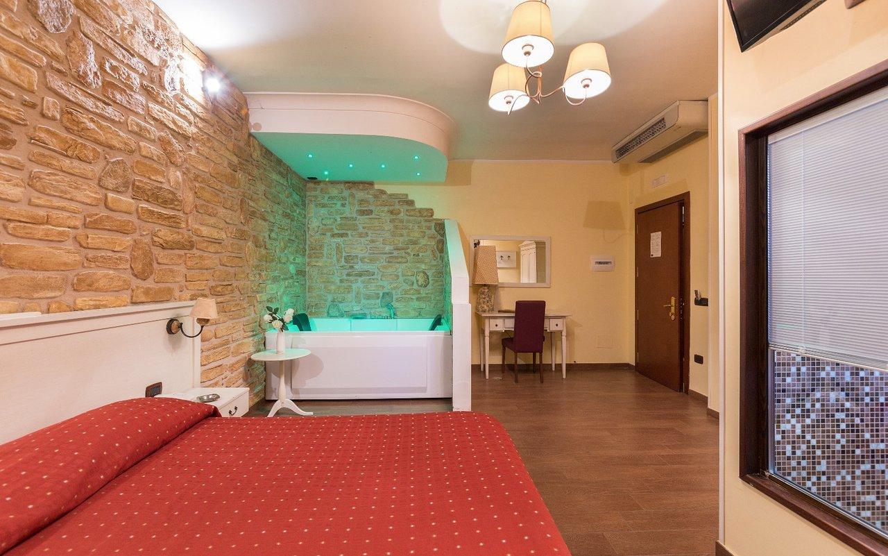 Prezzo Vasca Da Bagno Vogue : Hotel vogue giugliano in campania provincia di napoli : prezzi